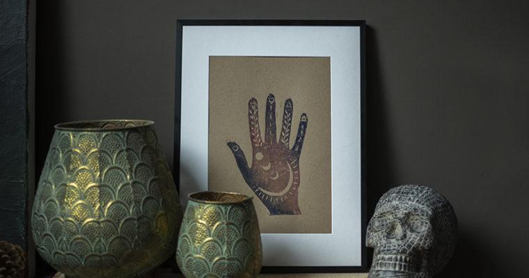 Cosmic hand